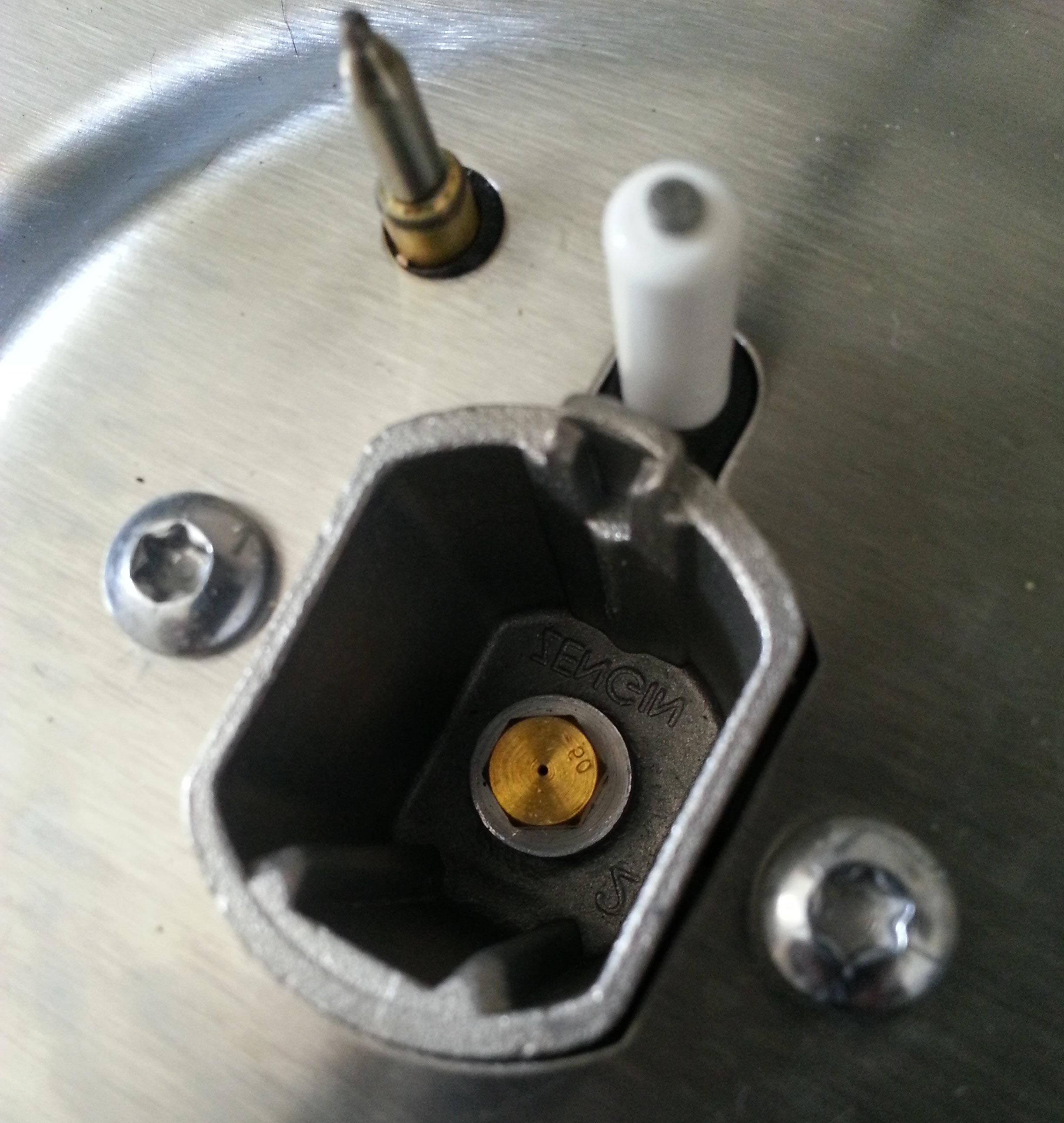 Pulire Ottone In Modo Naturale il fornello non accende - come pulire gli ugelli del piano